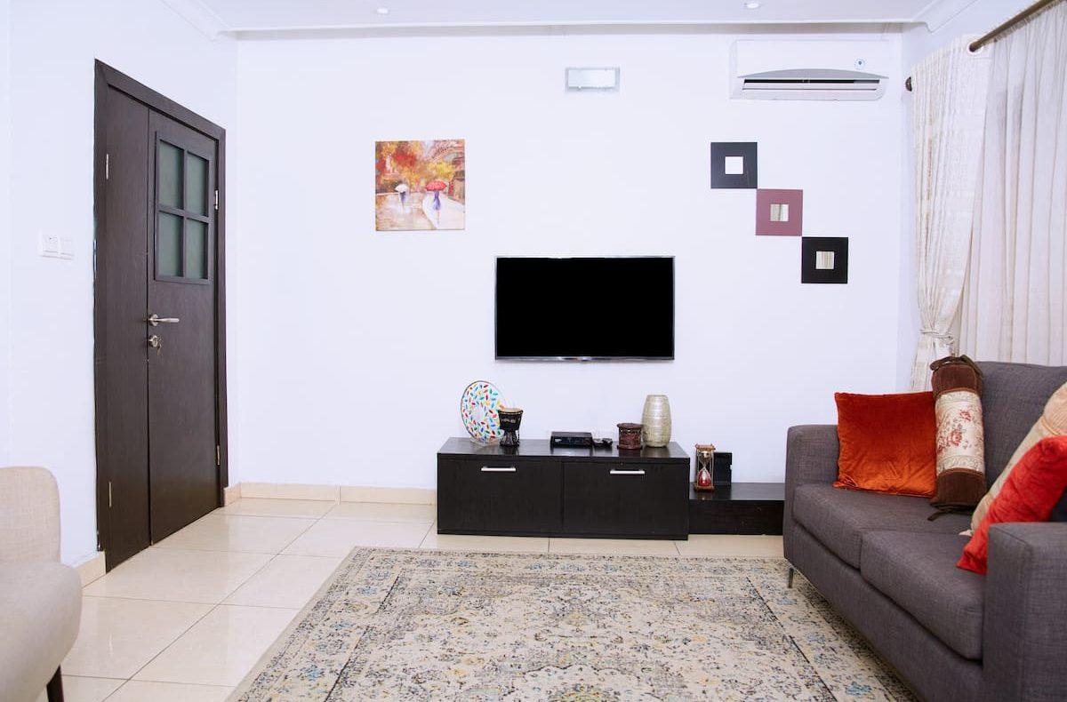 3 Bedroom Apartment For Shortlet At Lekki Phase 1