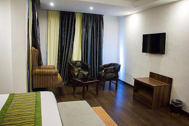 Sun Heaven Hotel Lekki Executive Deluxe 2 660x440 1