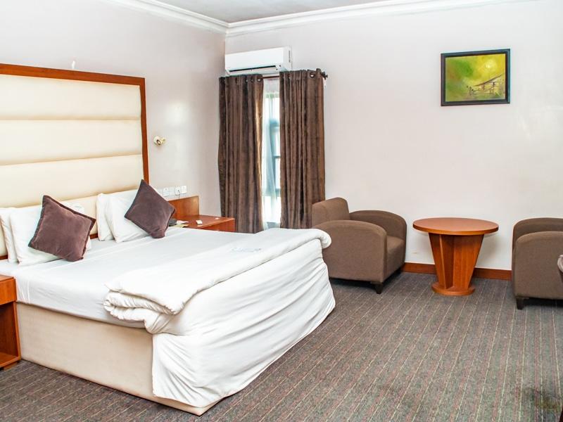 Denis Hotel00 1 6